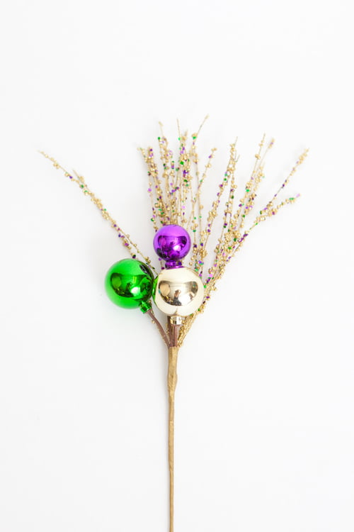 "16"" Mardi Gras Glittered Spray w Sm Ornament"