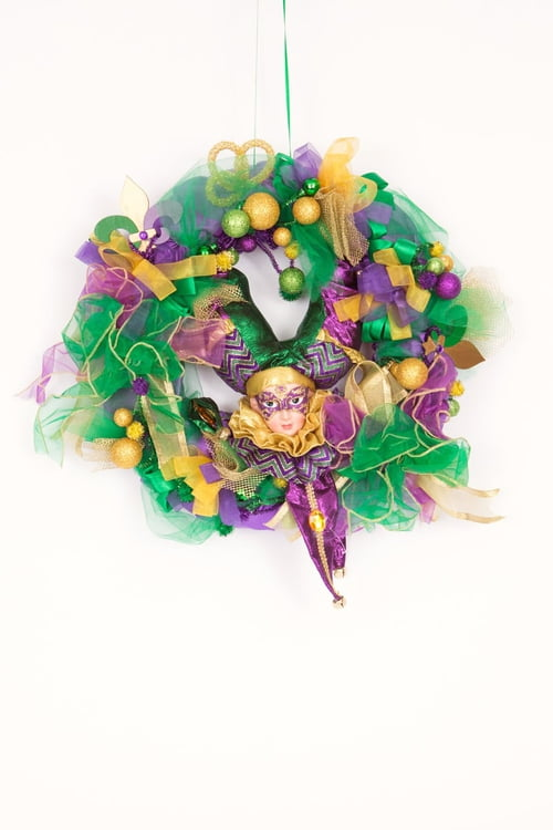 "15-332 16""X19"" Wreath with Jester Decorations"