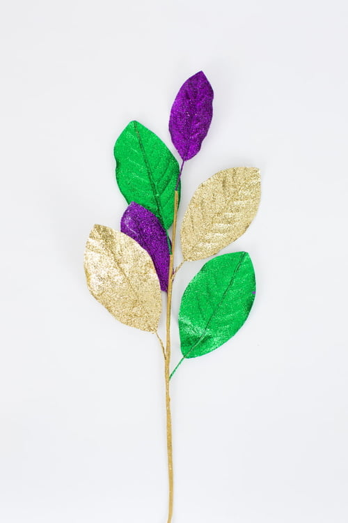 MG Glittered Magnolia Leaf Spray