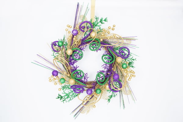 "20"" Mardi Gras Loops Wreath"